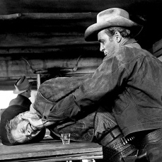 6. Winchester '73 (1950) di Anthony Mann.