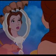 Lo specchio incantato ne La bella e la bestia (1991)