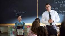 """5- Lo show dalla penna di Stephen King è ricco di autocitazioni; nel pilota, Jake pronuncia la frase """"Io sono il suo fan numero uno"""" come in Misery."""