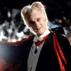 """""""Ho avuto... un incubo solare."""" Leslie Nielsen in Dracula morto e contento (Dracula: Dead and Loving It) (1995)"""