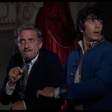 """""""Ricordate il famoso proverbio russo: L'appetito vien mangiando. D'altra parte, anche i francesi hanno un proverbio: Merde!"""" Ostap (Frank Langella) ne Il mistero delle dodici sedie (The Twelve Chairs) (1970)"""