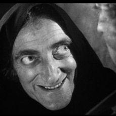 """Lupo ululà, castello ululì"" Igor ma si provincia Aigor (Marty Feldman) in Frankenstein Junior (Young Frankenstein) (1974)"