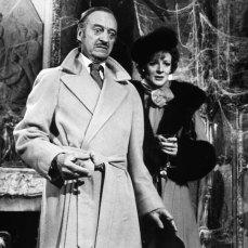 """7- Il campanello del castello di Lionel Twain è l'urlo di Fay Wray in """"King Kong"""" del 1933, adottato anche dal fumetto Dylan Dog, in omaggio a Invito a cena con delitto."""