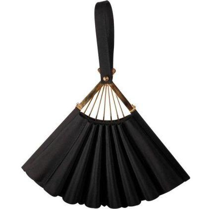 Pre-owned Satin Fan bag €1.750 rebelle.com