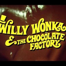 La sequenza di apertura è stata girata in una vera e propria fabbrica di cioccolato in Svizzera.
