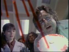 4. Abra Cadaver (Stagione 3, Episodio 4) diretto da Stephen Hopkins