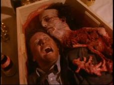 8. Mourning' Mess (Stagione 3, Episodio 10) diretto da Manny Coto