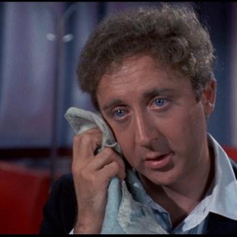 È Leo Bloom in Per favore, non toccate le vecchiette di Mel Brooks (1968)