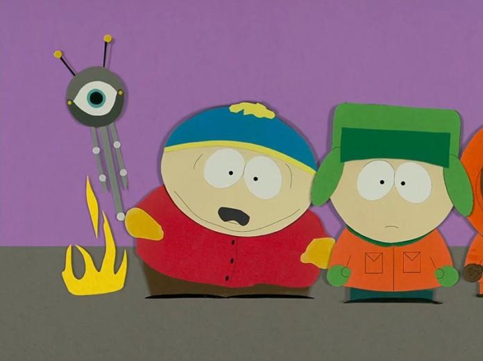 """Il pilota """"Cartman si becca una sonda anale"""" è stato animato con il metodo del passo uno, in cui i personaggi e gli sfondi sono fatti con ritagli di cartone incollati fra loro e spostati scatto dopo scatto; poiché gli ideatori non avevano abbastanza fondi per animarlo digitalmente."""