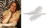 La Stewart incanta col cerchietto Plume de Chanel tempestato da 832 diamanti da 14,5 carati.
