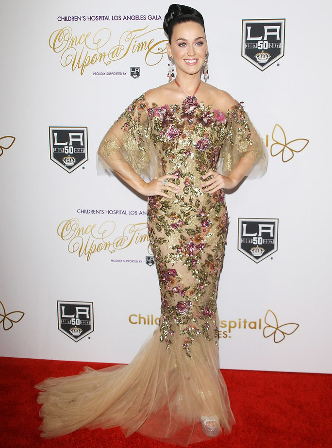 "LOS ANGELES, CA - OCTOBER 15: Katy Perry arrives at the 2016 Children's Hospital Los Angeles ""Once Upon a Time"" Gala held at L.A. Live Event Deck on October 15, 2016 in Los Angeles, California. (Photo by Michael Tran/FilmMagic)"