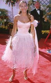 In Oscar de la Renta, 2000