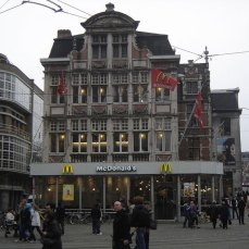 McDonald's a Patershol, Ghent, Belgio.