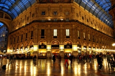 Galleria Vittorio Emanuele II a Milano costruita nel 1865.