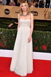 Kirsten Dunst in Christian Dior e gioielli Fred Leighton