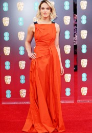 Jessica Brown Findlay in Bottega Venta