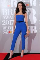 Michelle Keegan in jumpsuit blu cobalto