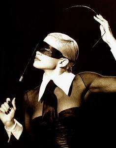 Bondage nel video Erotica, 1993