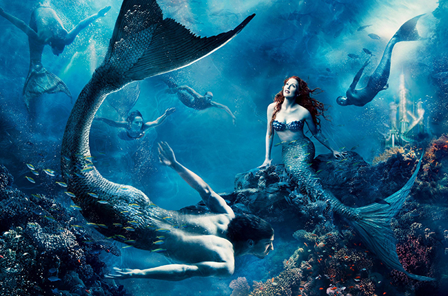 julianne-moore-little-mermaid-annie-disney